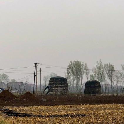 藏在请东陵附近村子里的苏喇嘛姑墓与雍正皇帝老贵人墓。